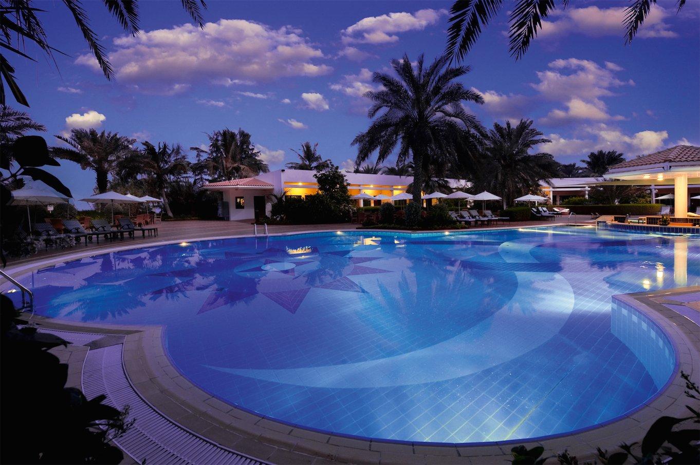 Kempinski-Hotel-Ajman-Pool_2356_Print
