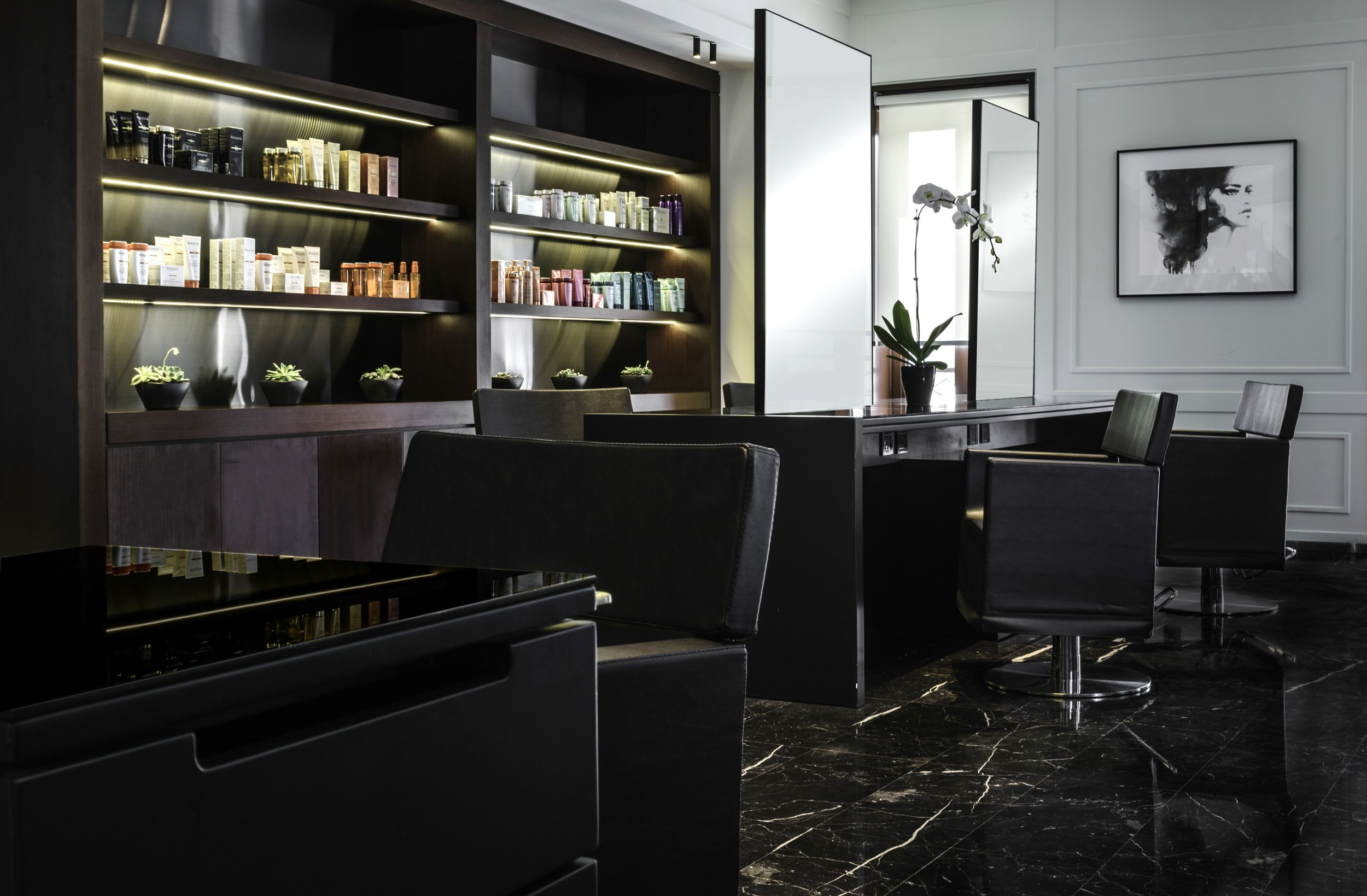 Internationally Renowned Celebrity Hairdresser, Rossano Ferretti, Opens Inaugural Middle Eastern Hair Spa.