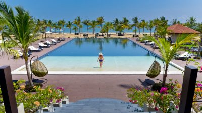 Summer Breaks at Sun Siyam Resorts Maldives – & Under 18 Stay & Eat for Free!