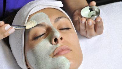 Tried and Tested: Anti-Free Radical Face Treatment at Tips and Toes